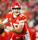 Chiefs sign Mahomes to 10-year extension, was it worth it?